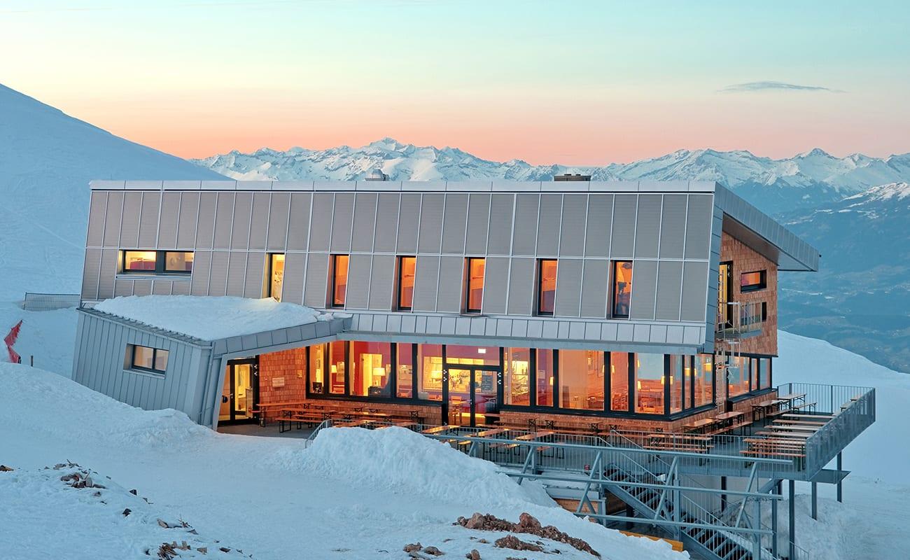 Dobratsch-Gipfelhaus-1